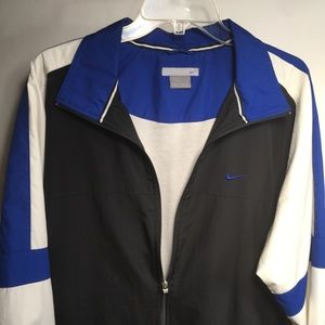 Nike - Zippered Long Sleeve Windrunner Jacket